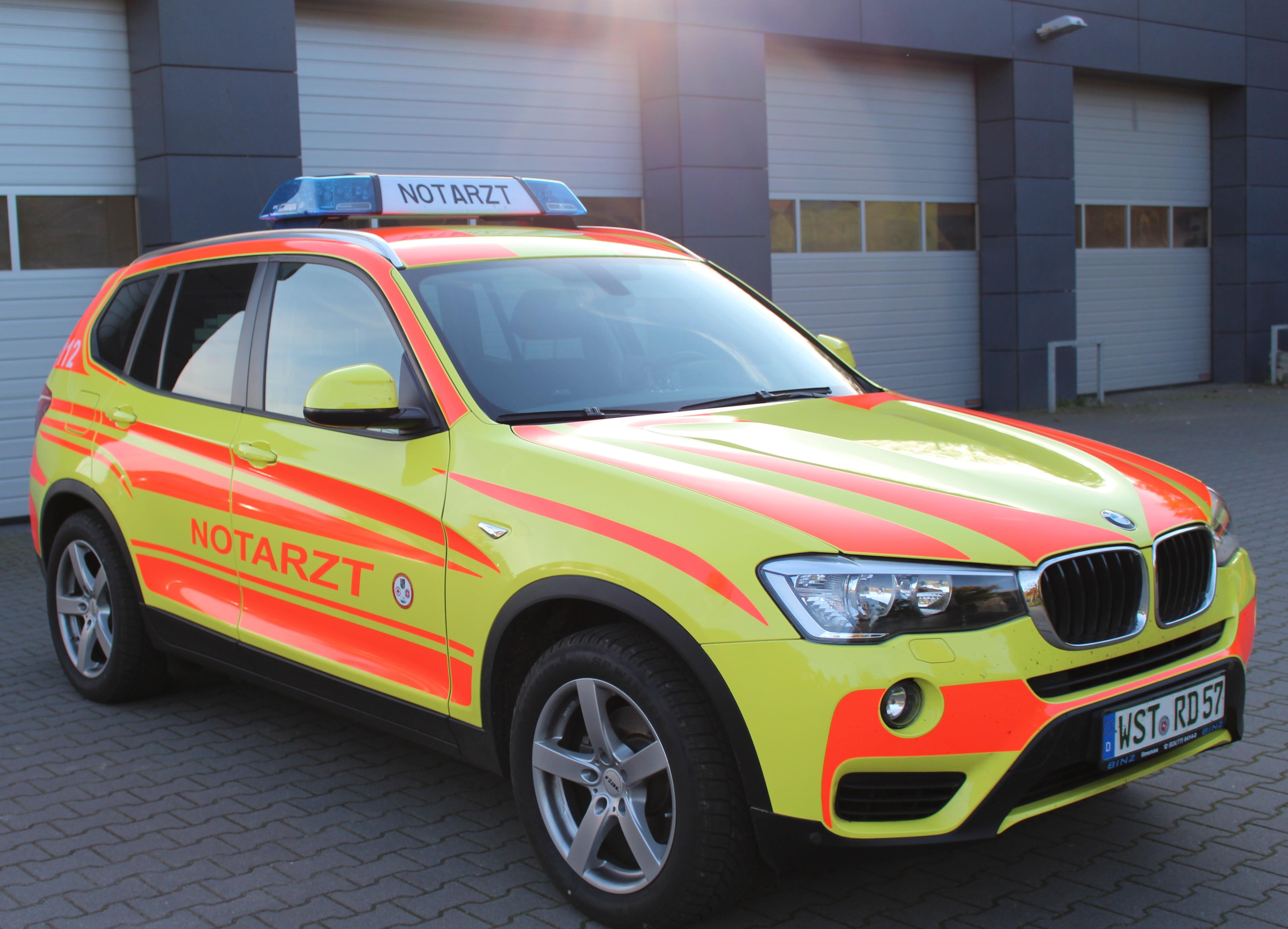 Notarzteinsatzfahrzeug Nef Rettungsdienst Ammerland